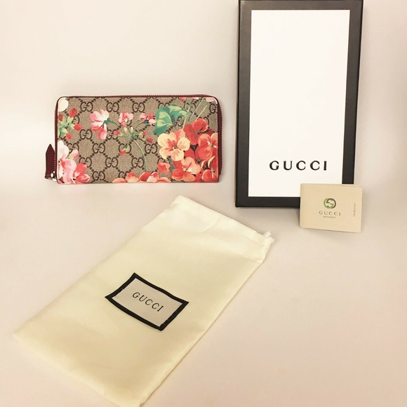 2f8e36ae751771 Gucci Bags | Gg Supreme Monogram Blooms Zip Around Wallet | Poshmark
